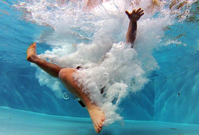 Doplňky k vylepšení dojmu z koupání v bazénu